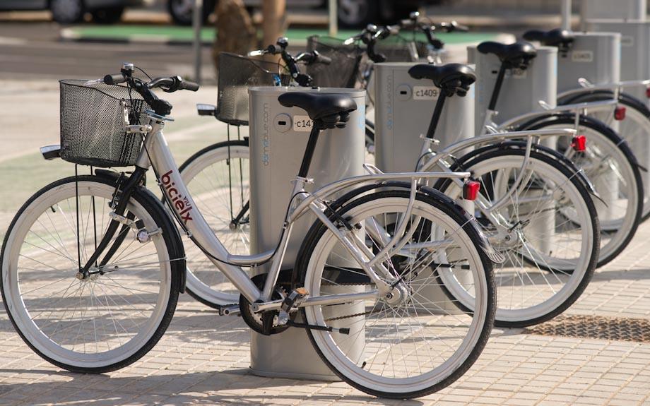 BiciElx evita la emisión de 29,53 toneladas de CO2 a la atmósfera en 2019